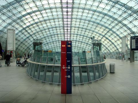 Frankfurt Station, Leonard Caudrey