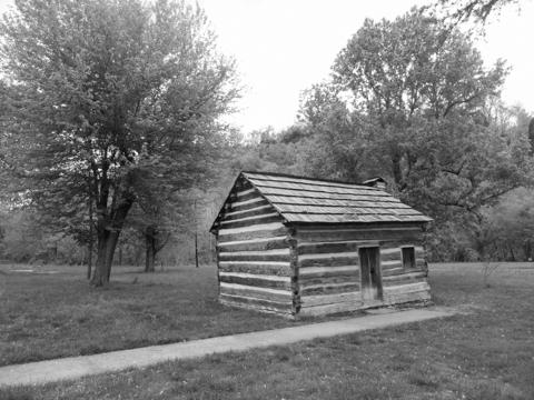 lincolns-cabin-copy